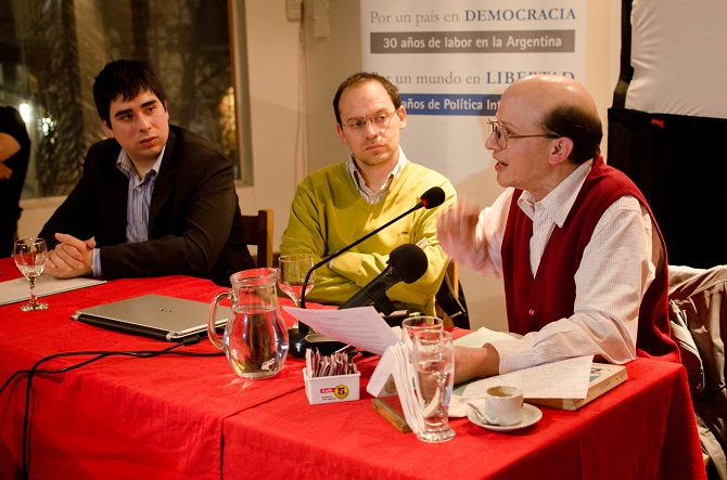 Nahuel Rios, José Bercoff y Gustavo F. Wallberg