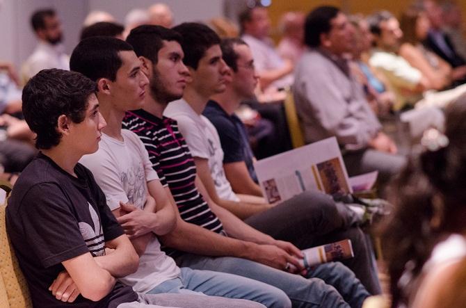 Importante presencia de jovenes