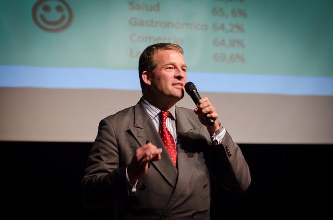 Exposición del consultor Harald Roy