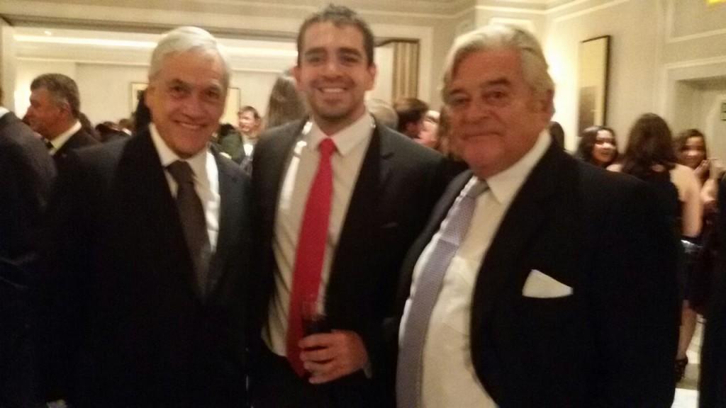 José Guillermo Godoy, junto Sebastian Piñera, ex presidente de Chile, y Luis Alberto Lacalle, ex presidente de Uruguay