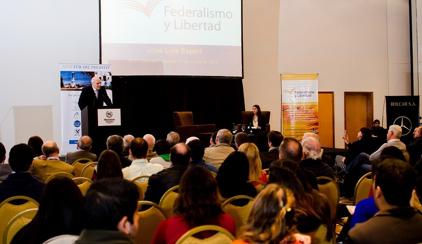 """José Luis Espert dictó la conferencia """"Macri: ¿alcanza sólo con normalizar?"""""""