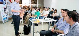 """Yamil Santoro dictó el taller """"Emprendedorismo Político"""" en la sede de #FyL"""