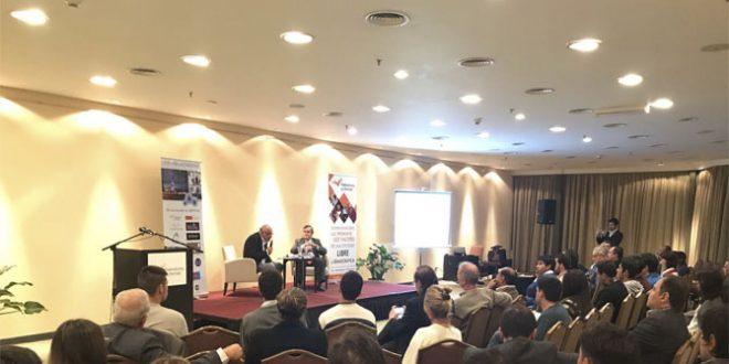 """Se realizó en Salta la Conferencia: """"Macri ante su laberinto económico"""" a cargo de Aldo Abram"""