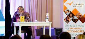 Ante mil personas, Jorge Lanata disertó en la 3ª edición del Foro Nuevos desafíos del periodismo