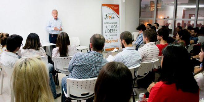 Taller de emprendedores organizado por Grupo Joven