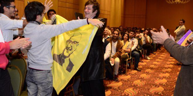 Javier Milei ovacionado en Salta