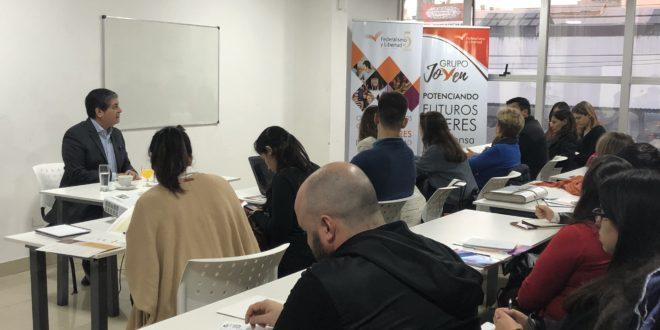 Periodistas y estudiantes se capacitaron en la sede de la fundación