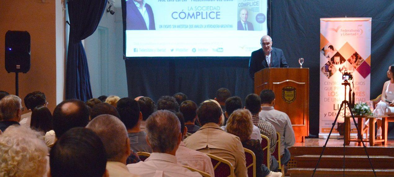 José Luis Espert presentó su último libro en Santiago del Estero