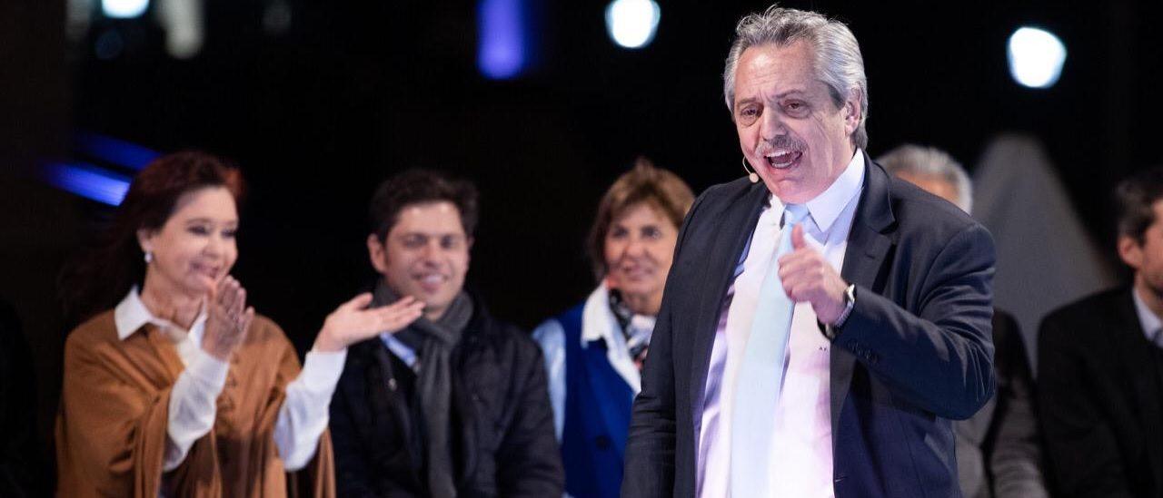 """El peculiar gobierno de """"Albertina"""""""