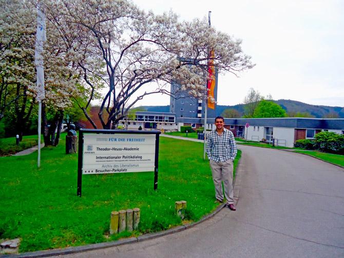 José Guillermo Godoy Academia Internacional de Dirigente en Gummersbach (Alemania)