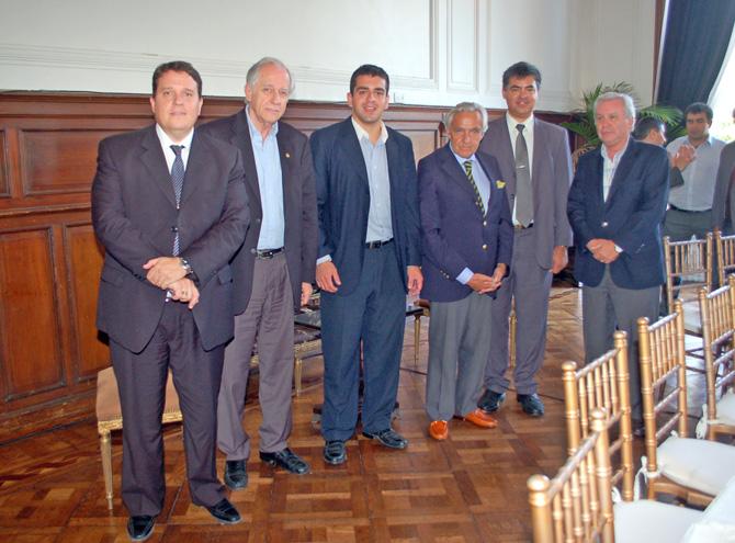 Llamil Abdala, Leonardo Steinberg, José Guillermo Godoy, Rosendo Fraga, Juan Pablo Bustos Thames y Martin Mendez Uriburu