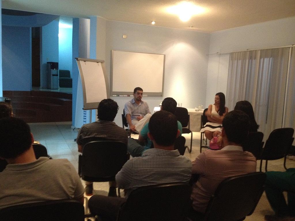 José Guillermo Godoy dictó un taller en la Fundación Naumann Honduras