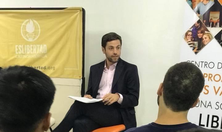 Nicolás Lucca compartió una charla con jóvenes en Tucumán