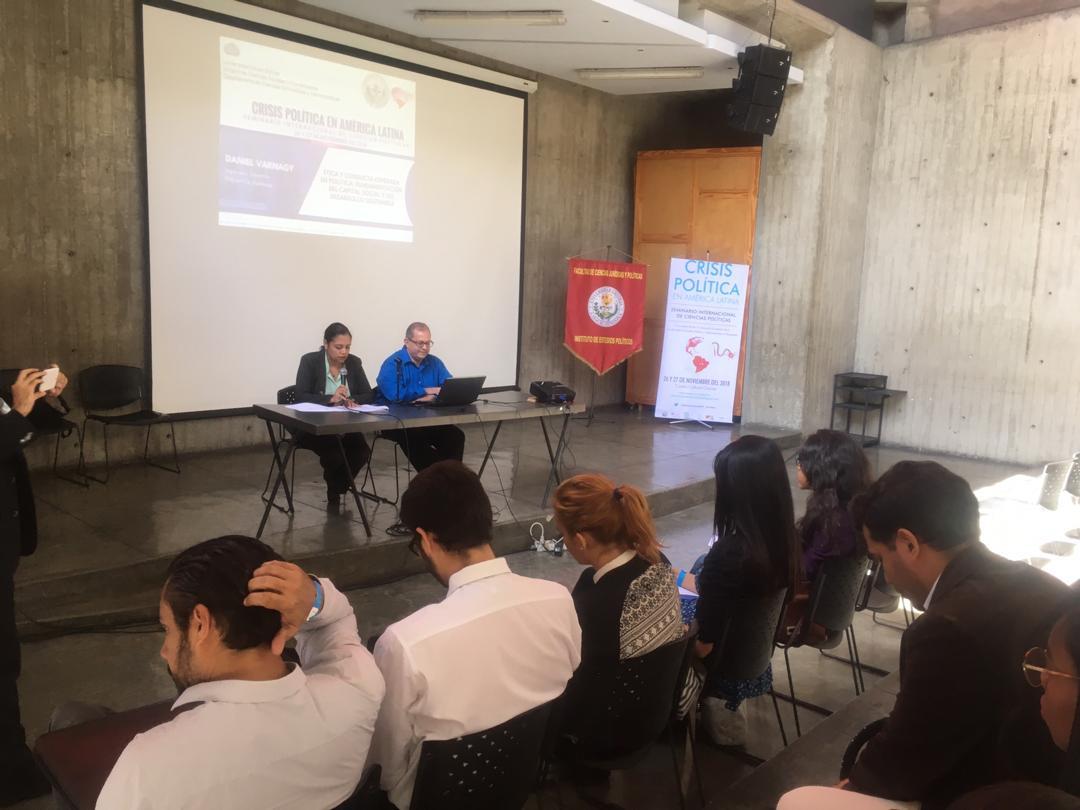 Conferencia en el Seminario Internacional de Ciencias Políticas: Crisis Política en América Latina