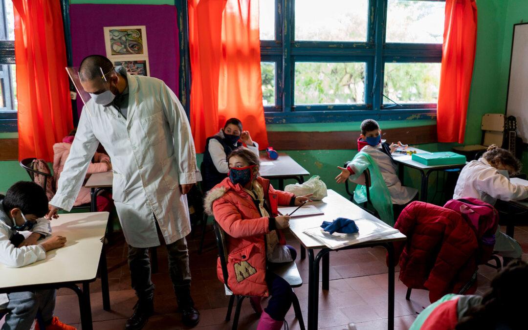 Informe de coyuntura: Educación, pobreza y brecha social
