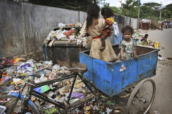 Religión, Humillación y Pobreza